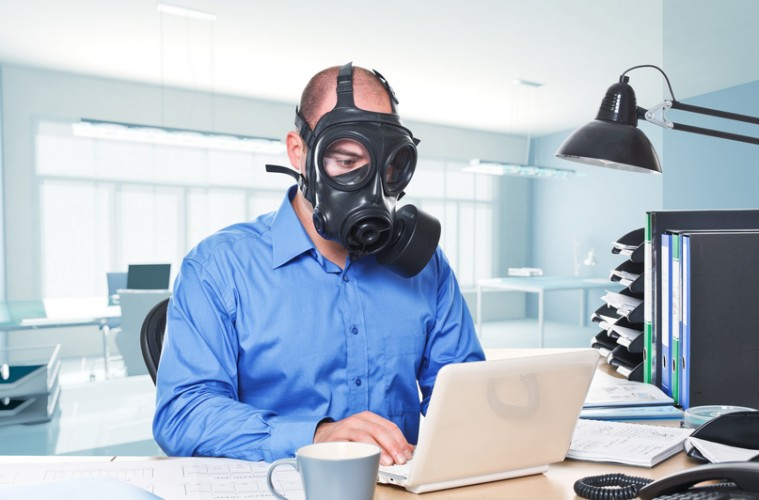 7 Toxic! Signs Workplaces Should Take Serious